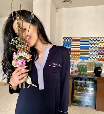 Маша Ефросинина очаровала домашним фото без макияжа