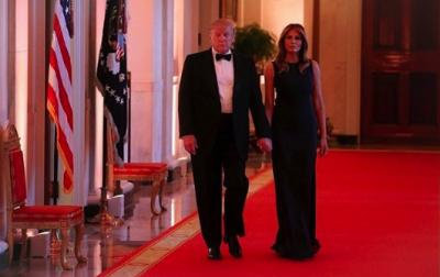 Мелания Трамп ошеломила образом на торжественном ужине